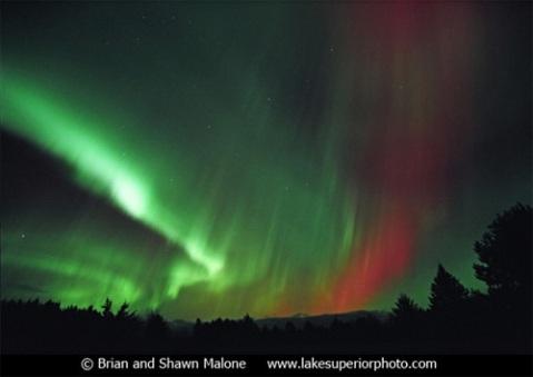 November 7-8, 2004 Aurora Borealis by Brian & Shawn Malone