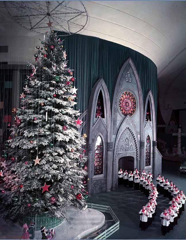 Ford Rotunda Building at Christmas 1961, photo by kbreenbo from Flickr.