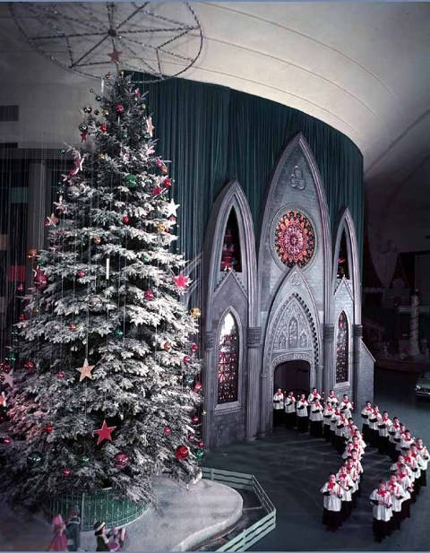 Ford Rotunda Building at Christmas 1961
