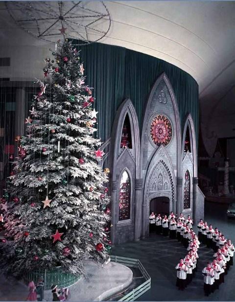 Ford Rotunda Building at Christmas 1961