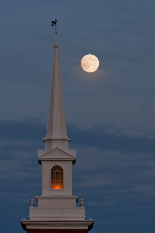 Church of the Hunter's Moon
