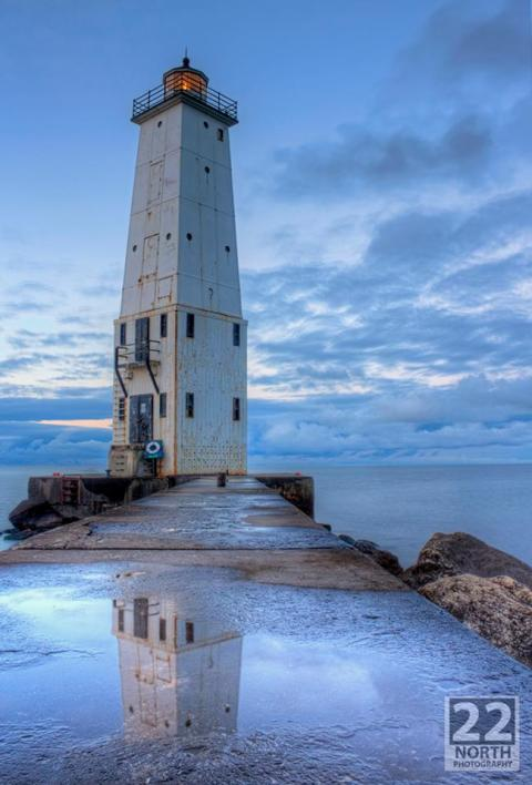 Frankfort Lighthouse by 22 north