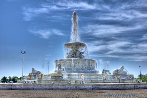 A Cheat, A Liar, a Cad, But A Damn Fine Fountain, photo by Derek Farr
