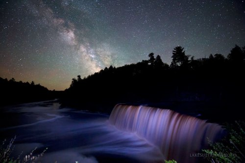 Tahquamenon Falls by LakeSuperiorPhoto