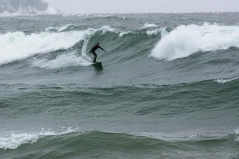 Marquette MI Surf 04-12-2013