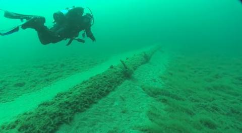 enbridge-pipeline-under-straits-of-mackinac