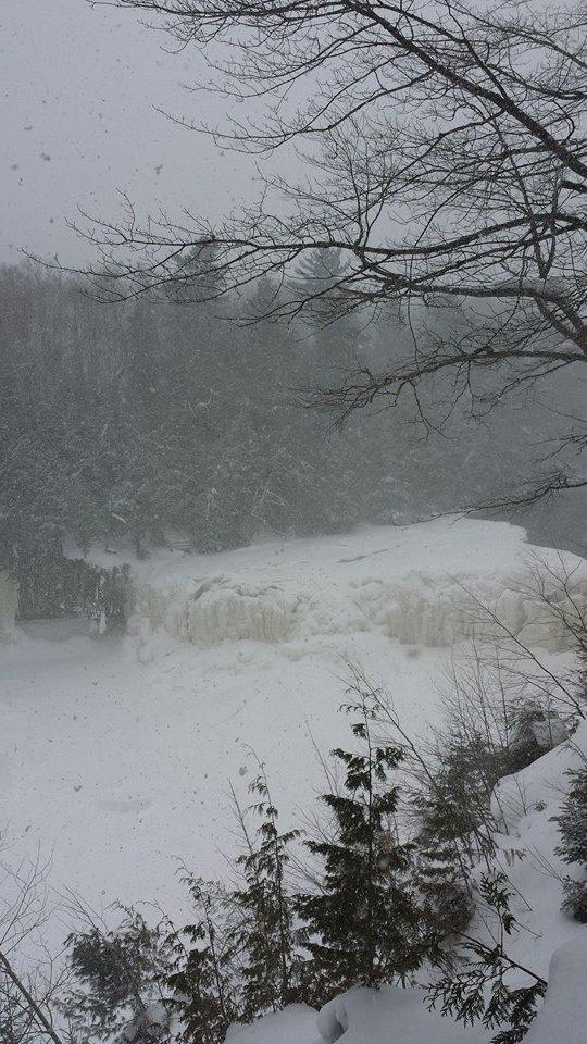 Frozen Tahquamenon Falls