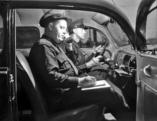 Detroit Police Radio Prowl Car