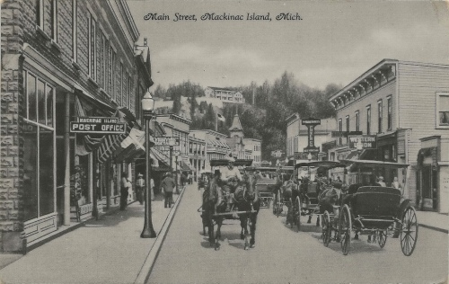 Mainstreet Mackinac Island 1930s