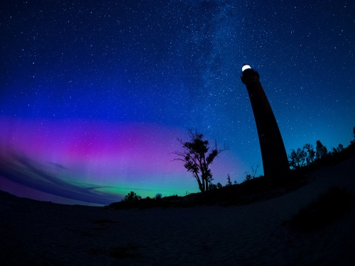 Epic Sable Point Northern Lights