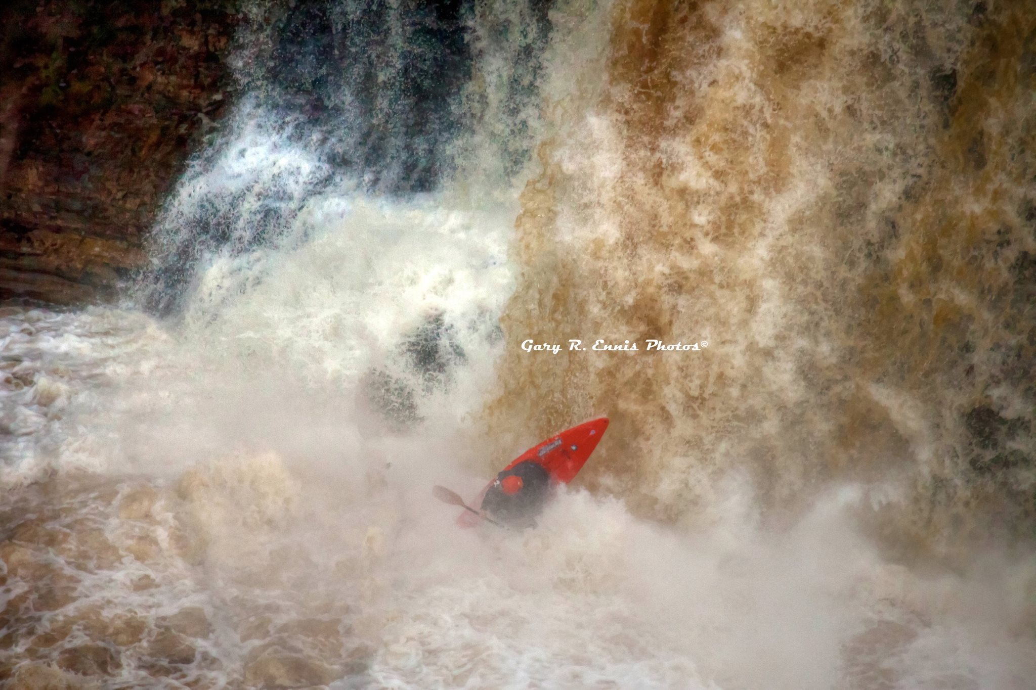 Into the Falls Marcelo Galizio a