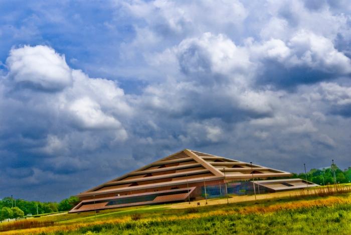 Steelcase Pyramid Grand Rapids Data Center
