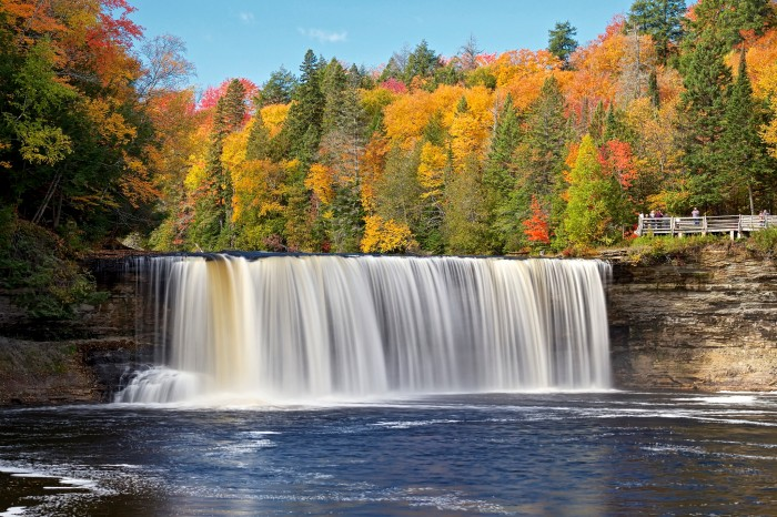 Tahquamenon Falls fall 2015