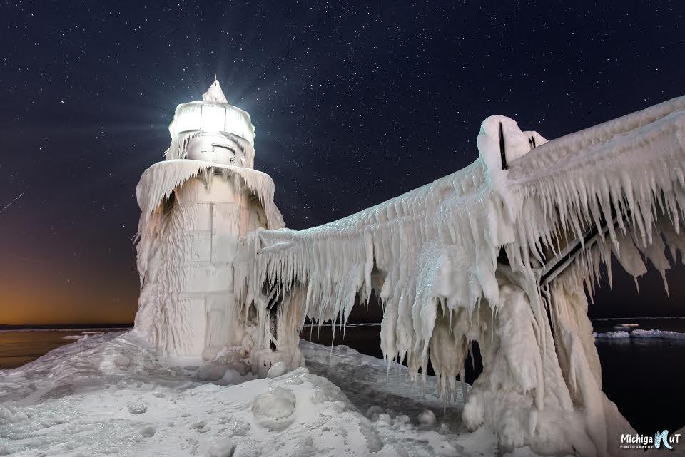 St Joseph Lighthouse by Michigan Nut