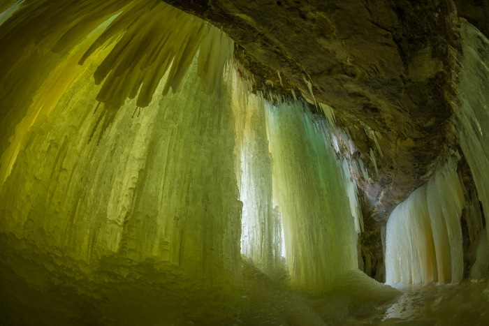 Eben Ice Cave Entry