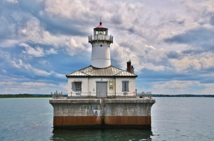14 foot shoal lighthouse by David Juckett