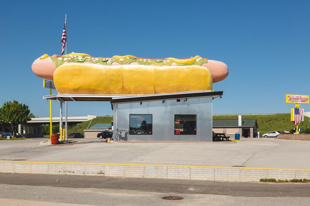 Wienerlicious, Mackinaw City
