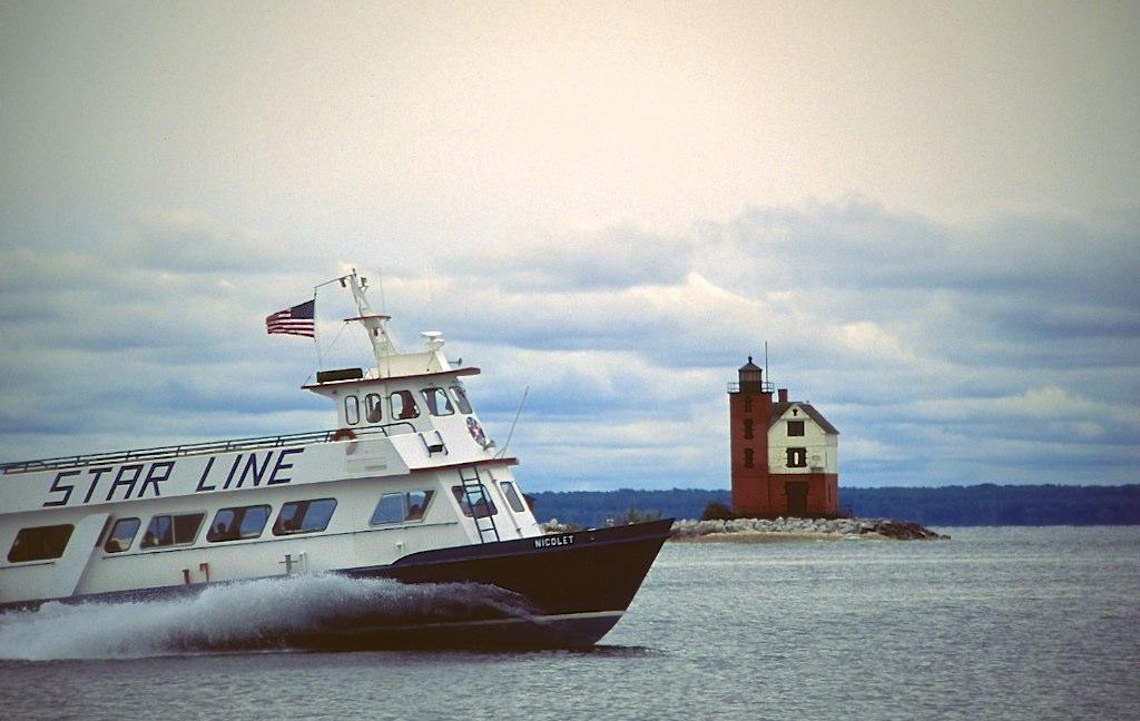 Ferry & lighthouse