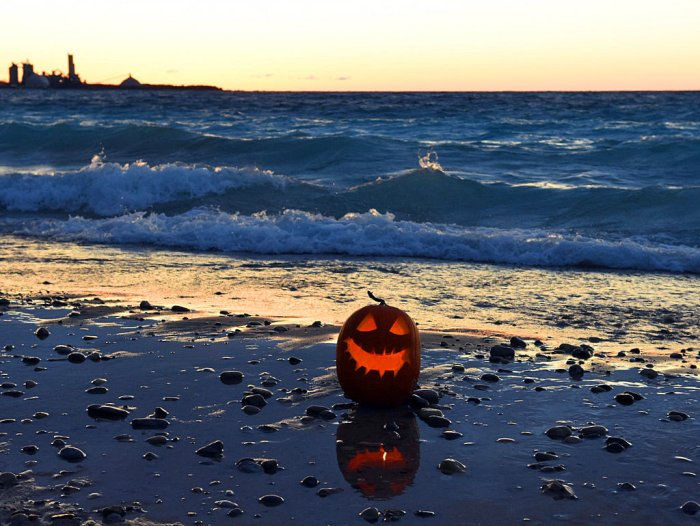 pumpkin-on-the-shore-happy-halloween