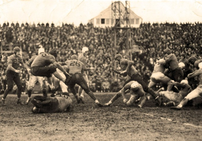detroit-lions-vs-bears-thanksgiving-1934