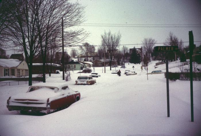 march-street-hill-kalamazoo-january-blizzard