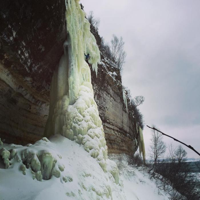dairyland-ice-climbing