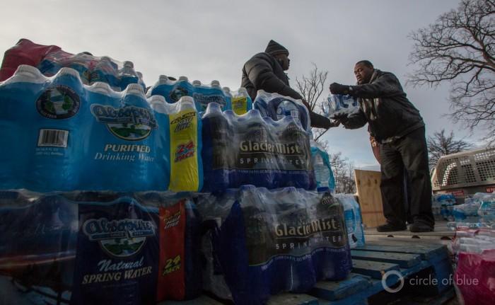 Distributing Water in Flint (2016) by J Carl Ganter / Circle of Blue