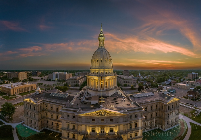 Michigan State Capitol Building by Joel Stevens