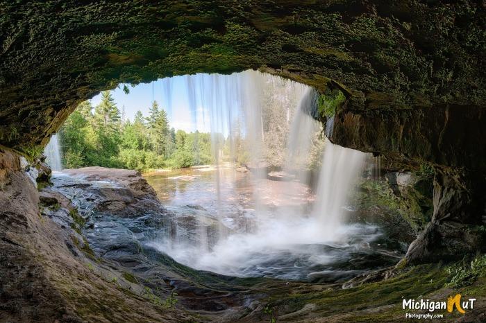 O-Kun-de-Kun Falls by Michigan Nut Photography