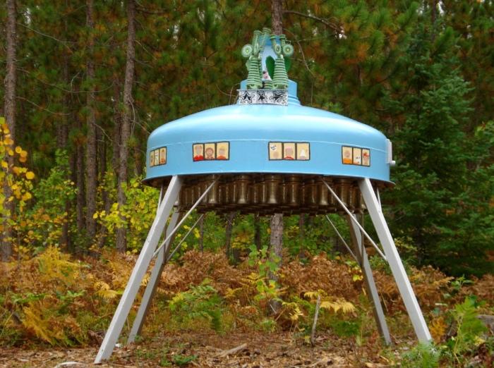 Lakenenland UFO by Kristina_5