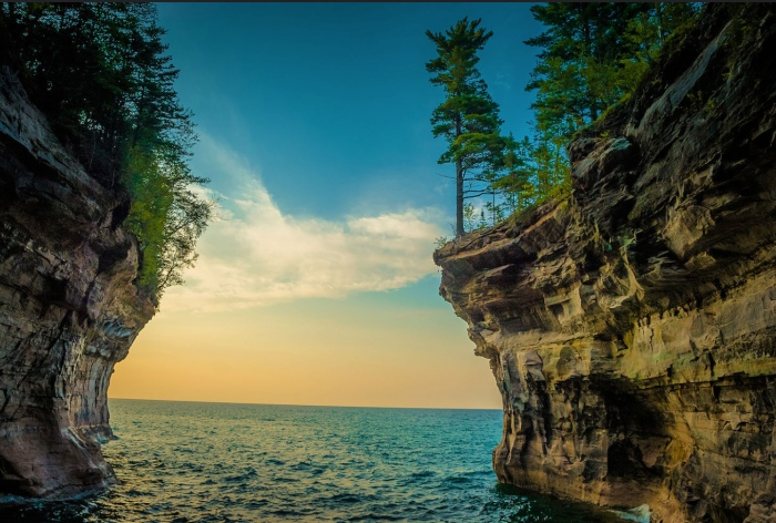 Pictured Rocks National Lakeshore by Jeff Hudson