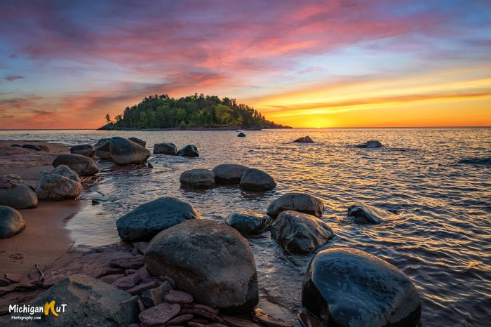 Daybreak at Presque Isle by Michigan Nut Photography