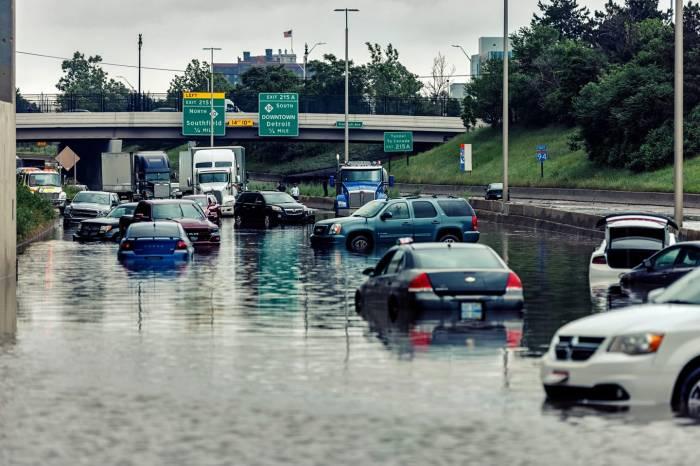 Detroit Flood by Camera Jesus